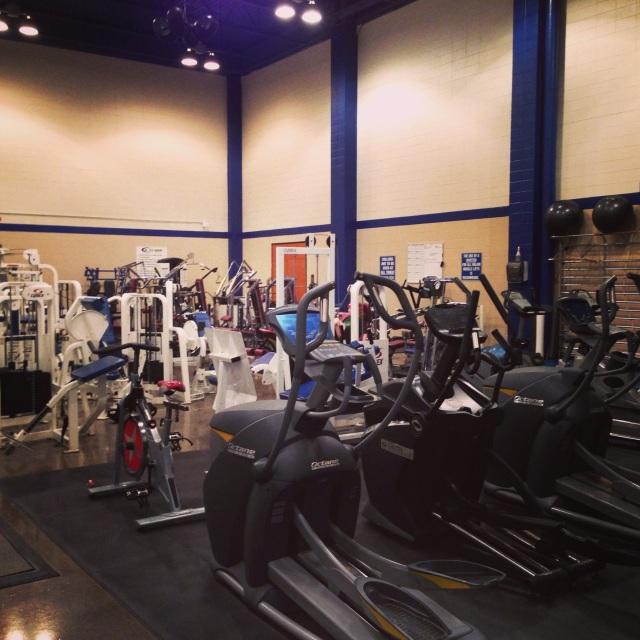 university of kentucky faculty gym
